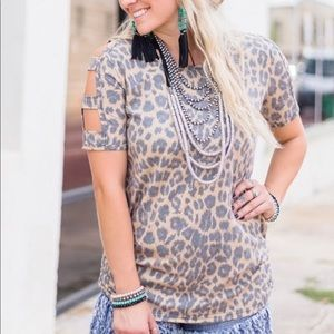 Leopard Sweet Peek Top. Small- XL.